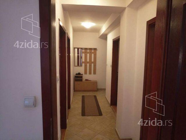 Mihaila Ivese, Trosoban stan, Prodaja, velika slika 1