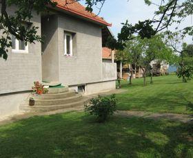 Srednjokrajska, 2-etažna kuća, Prodaja