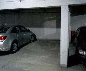 Patrijarha Varnave, Garaža, Izdavanje