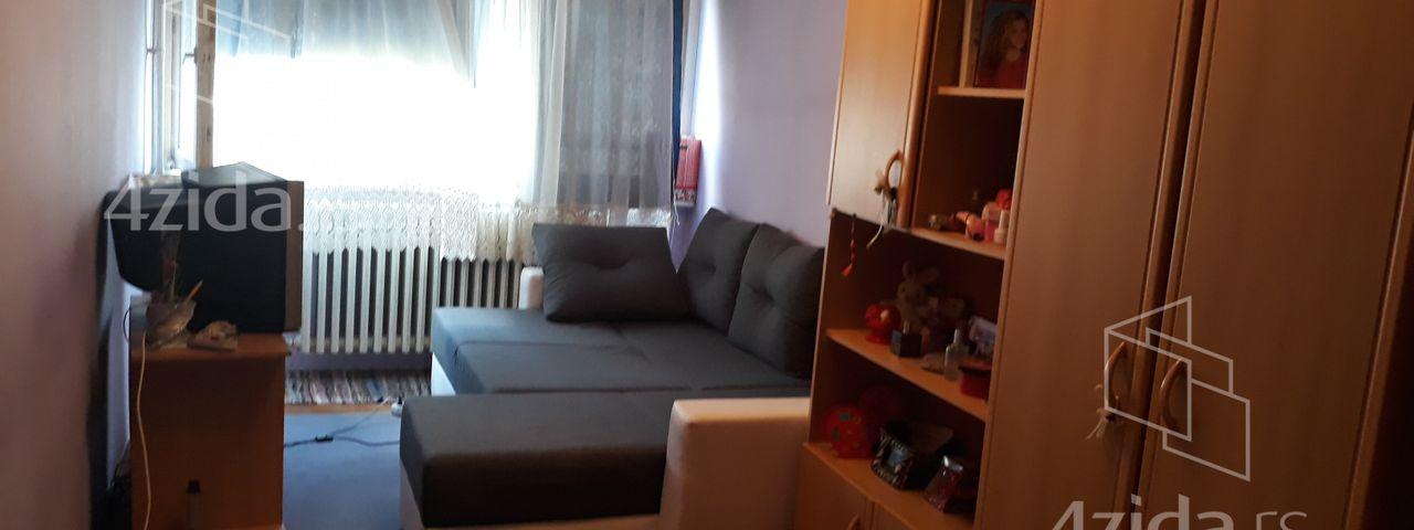 Kragujevac, Trosoban stan, Prodaja, velika slika 1