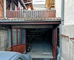 Žanke Stokić, 4-etažna kuća, Prodaja