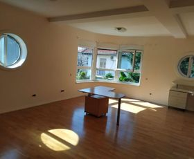 Senjak, 2-etažna kuća, Izdavanje, #3609