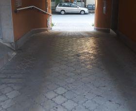 Gogoljeva, Parking, Izdavanje