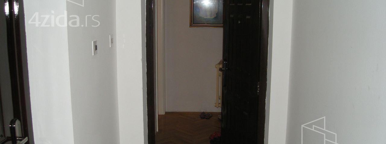 Bulevar oslobođenja, Trosoban stan, Prodaja, velika slika 1