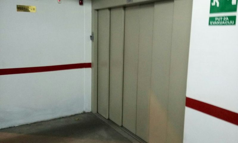 Palilulska Pijaca, Garaža, Izdavanje, velika slika 1