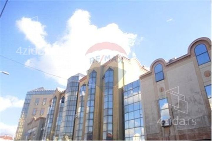 Dušanov Bazar, Lokal, Prodaja, velika slika 1