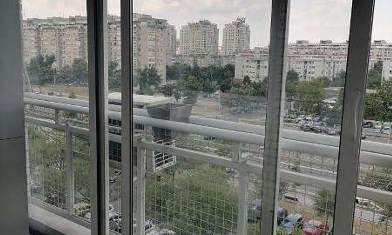 Bulevar Zorana Đinđića , Četvorosoban stan, Izdavanje, velika slika 1