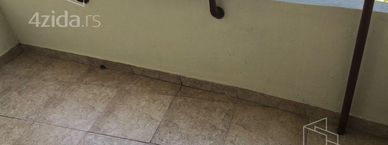 Trg učitelja Tase, Dvosoban stan, Izdavanje, velika slika 1